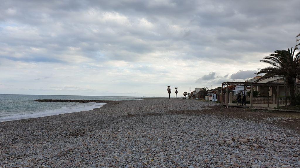 Aviso por lluvias en el Mediterráneo y por viento en Canarias: las borrascas no dejan España