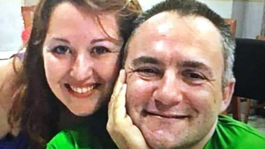 El hijo menor de la acusada del crimen de su marido discapacitado confiesa su participación