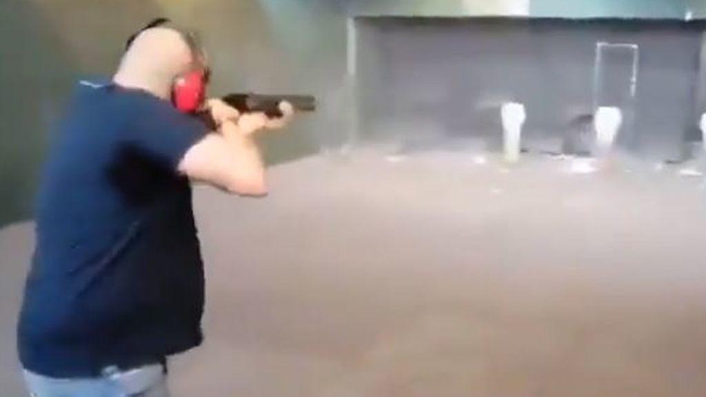 Interior investiga ya el vídeo de los disparos a fotos de Sánchez, Iglesias, Montero, Marlaska y Echenique