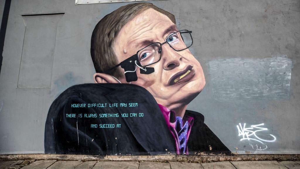 Grafiti con la figura de Stephen Hawking