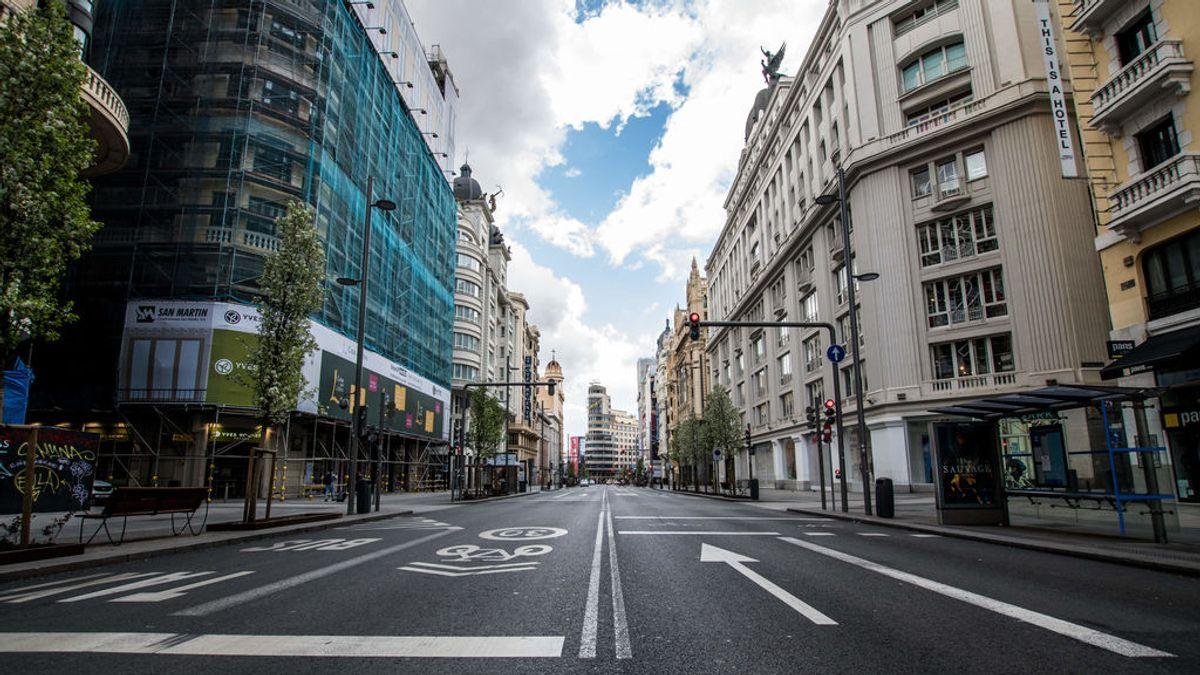 Imagen de la Gran Vía de Madrid vacia durante la pandemia de coronavuris