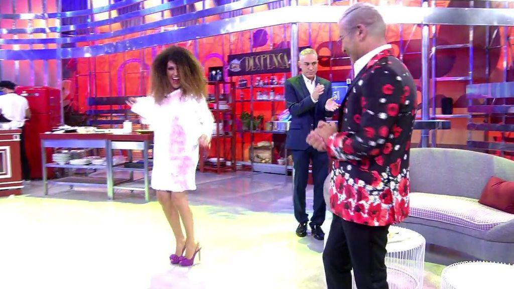 El baile de Lydia Lozano