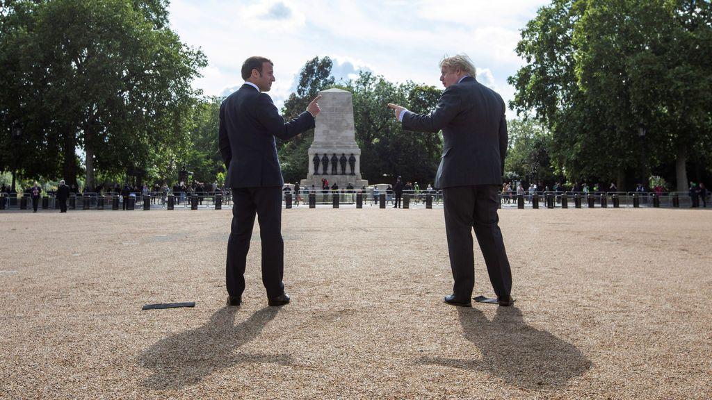 Johnson y Macron, bajo la alargada sombra de Churchill y De Gaulle en tiempos de guerra contra el virus