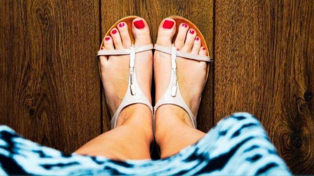 No, el coronavirus no entra por los pies: este verano puedes usar sandalias sin temor al contagio