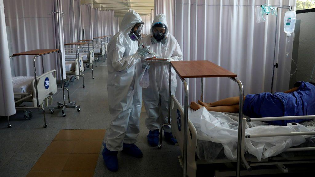 """La OMS advierte de que a """"pandemia se está acelerando"""" y se ha registrado el récord de contagios en un día: 150.000"""