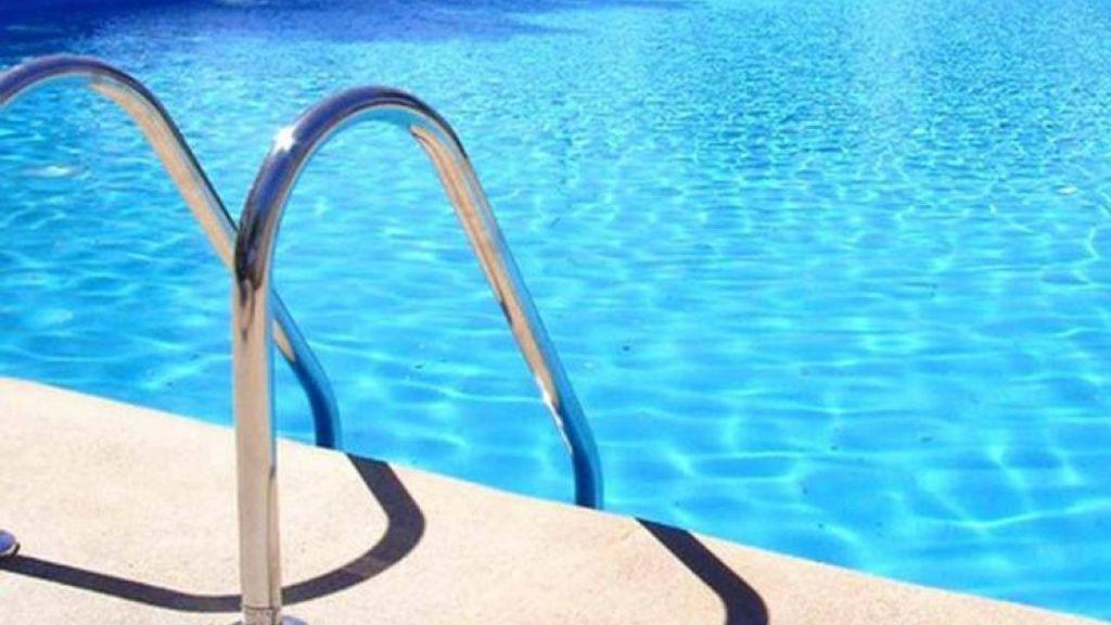La 'nueva normalidad' en Madrid: piscinas de uso público y recreativo, al 50% de su aforo