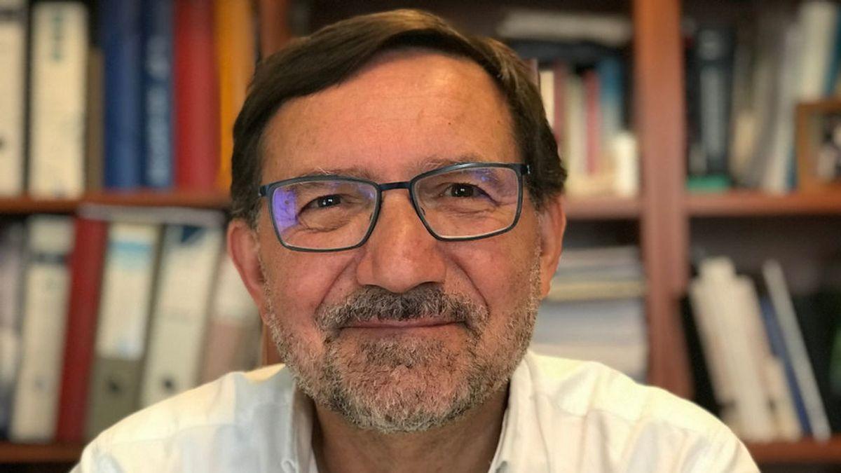 """Julio Pardo, neurólogo, pide invertir en investigación: """"Mientras no conozcamos qué desencadena la ELA, será difícil combatirla"""""""