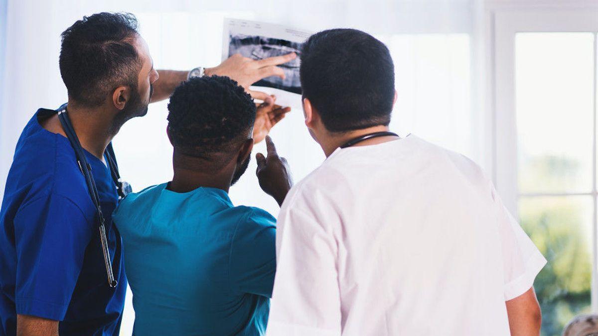 Operación de prótesis de cadera: qué es y cuánto tardas en recuperarte