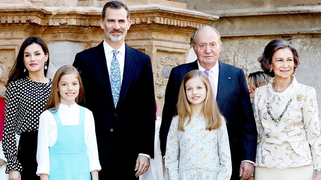 Juan Carlos se queda sin paga: lo que cobran Felipe y Letizia tras el tsunami en Zarzuela