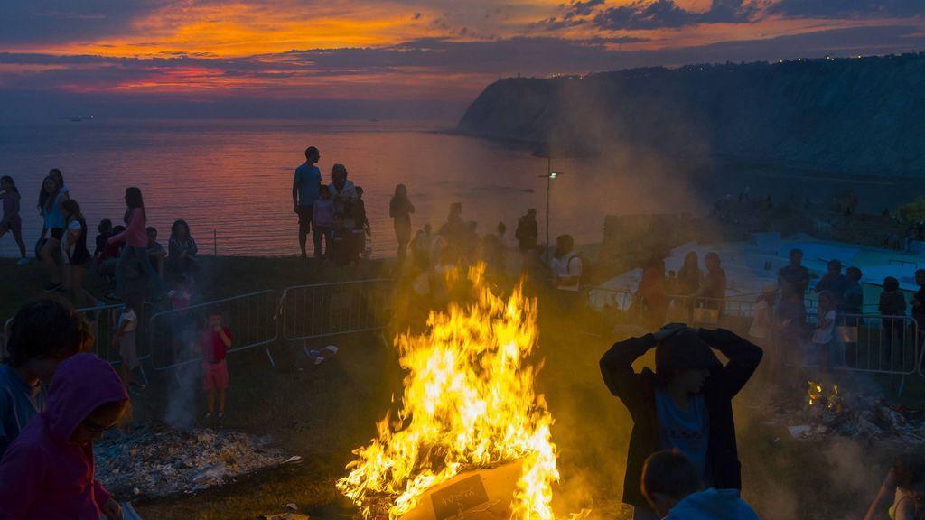Un San Juan sin hogueras: cierre de playas y multas de hasta 60.000 euros para evitar las aglomeraciones
