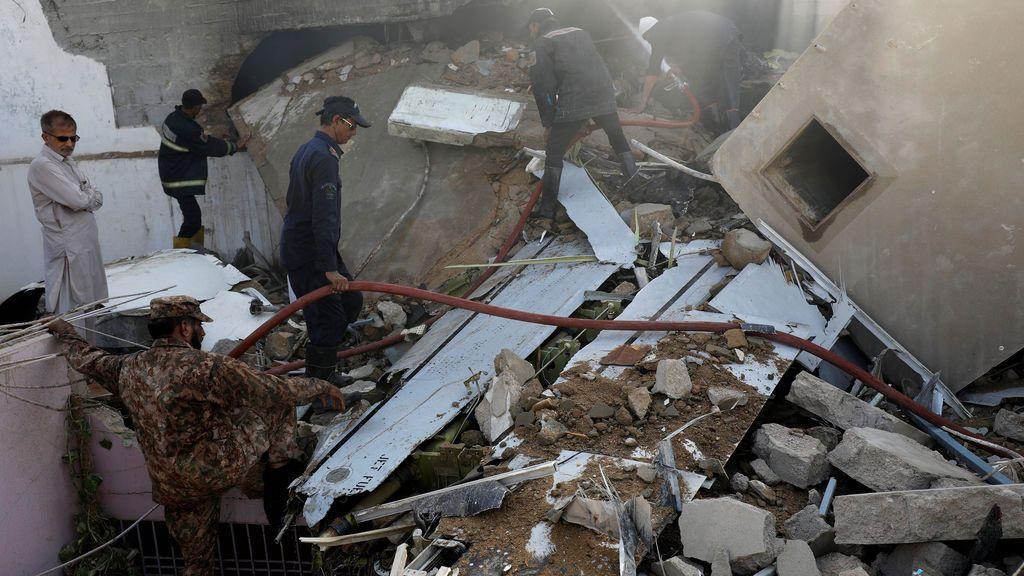 Un fallo de los pilotos provocó el accidente aéreo con 97 muertos en Pakistán, según la investigación