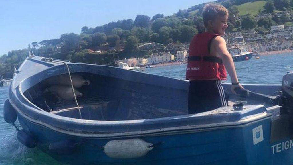 Un héroe de 10 años: salva de morir ahogada a una mujer arrastrada por la corriente