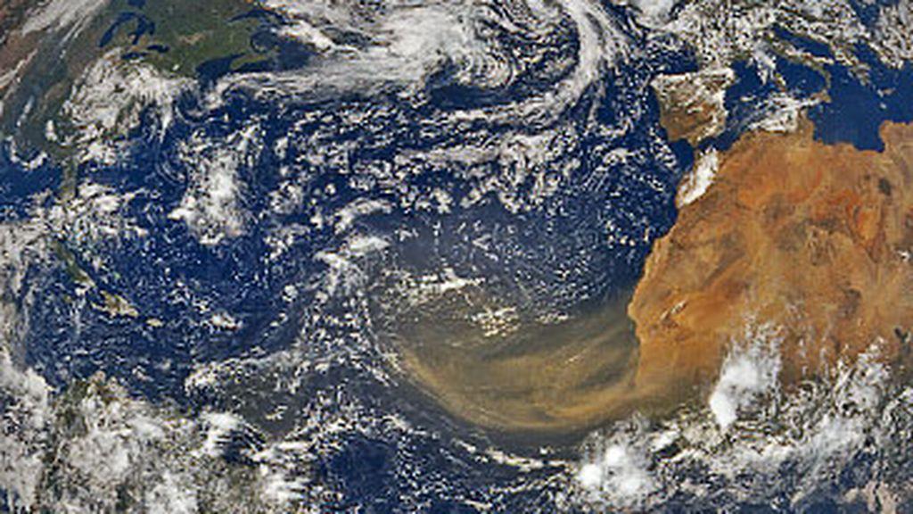 El cielo desaparece en el Caribe tras la nube de polvo sahariano: la próxima parada será Estados Unidos
