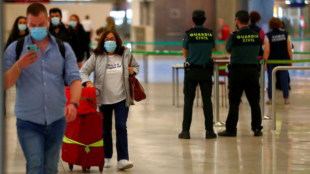 Así son las medidas en los aeropuertos europeos tras la apertura
