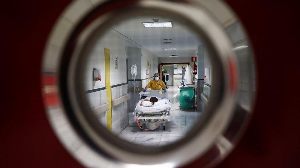 Se disparan los contagios en España, Sanidad informa del doble que el día anterior