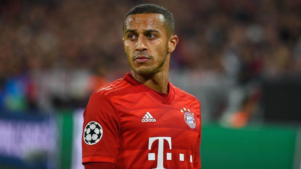 Thiago Alcántara en un partido con el Bayern.