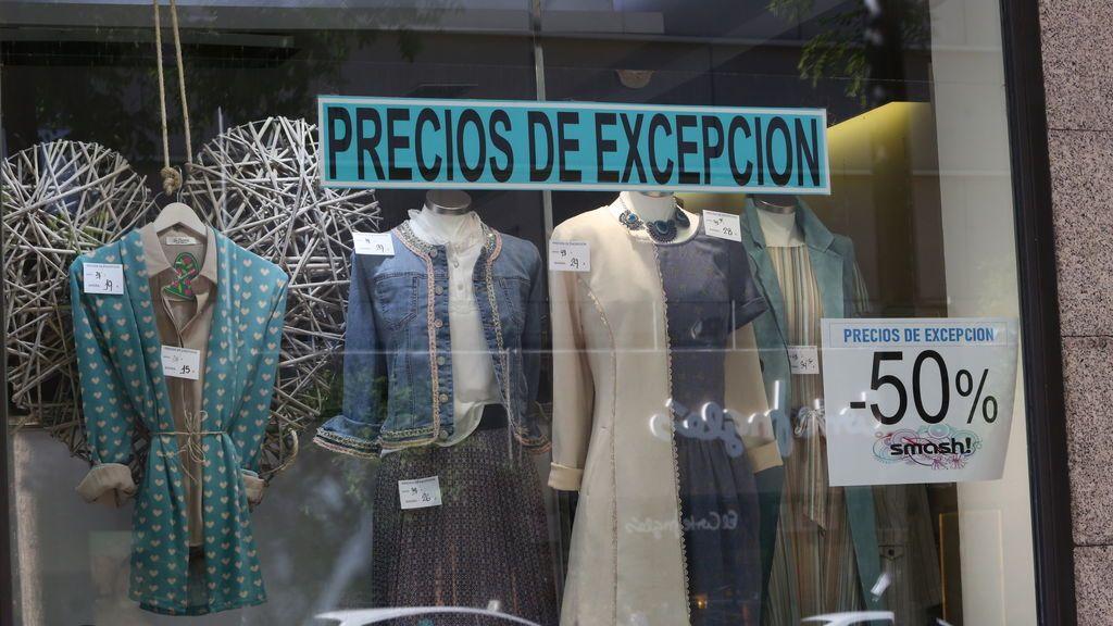 """El """"efecto champán"""" de las rebajas postcoronavirus: un 25 % menos de ventas"""