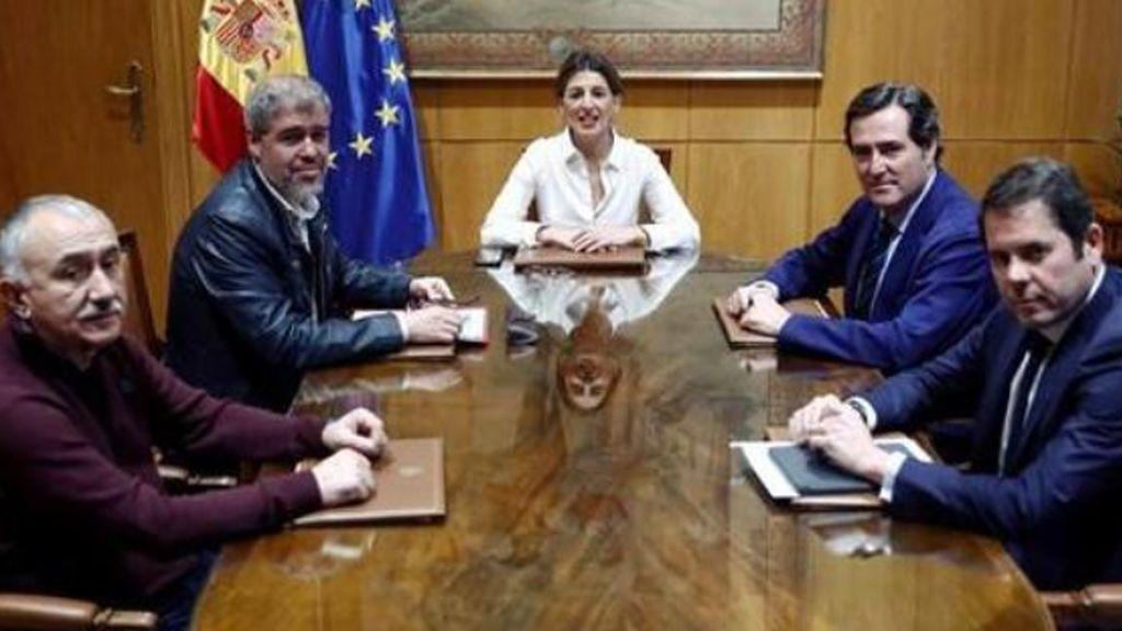 El Gobierno logra un acuerdo para prorrogar los ERTE hasta septiembre