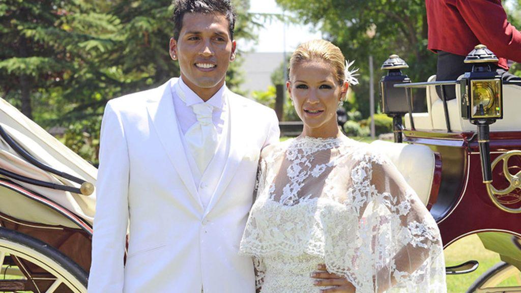 El look combinado de Tamara Gorro y Ezequiel Garay en su boda