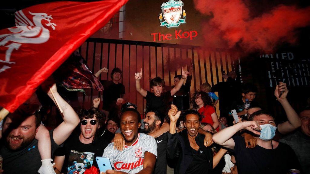 Klopp hace al Liverpool campeón de la Premier 30 años después