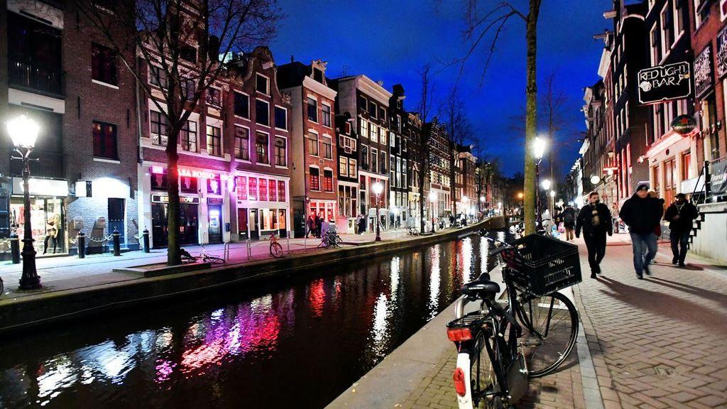 Ámsterdam escucha a sus residentes y prohibirá los alquileres turísticos en el centro de la ciudad