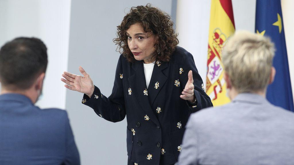 """María Jesús Montero al PP: """"¡Bienvenidos al acuerdo!"""""""
