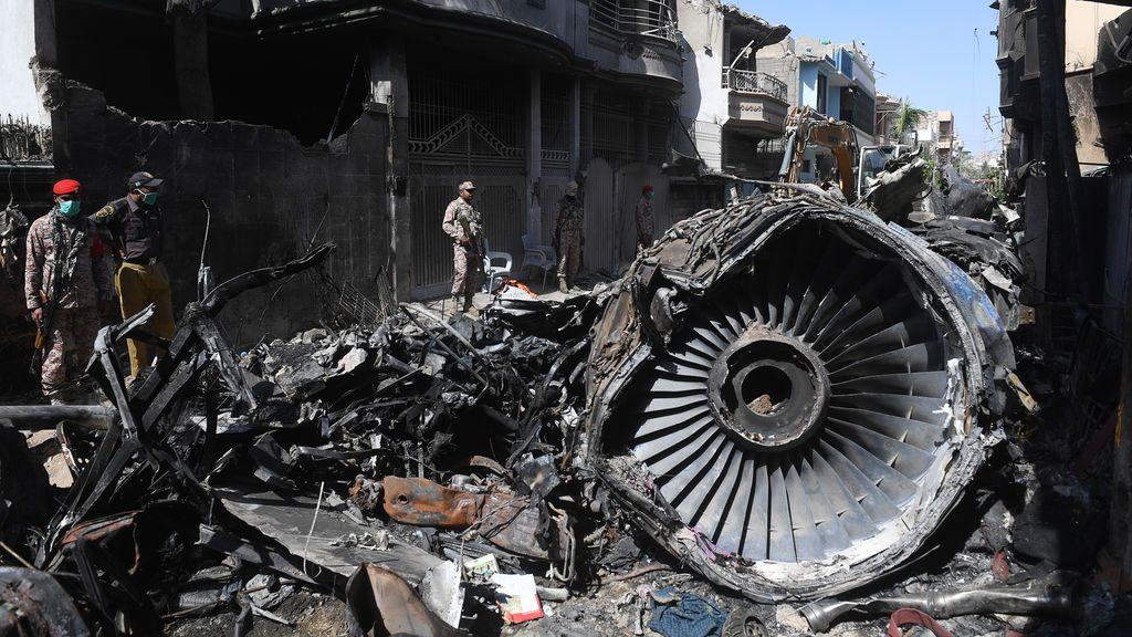 url avion pakistan