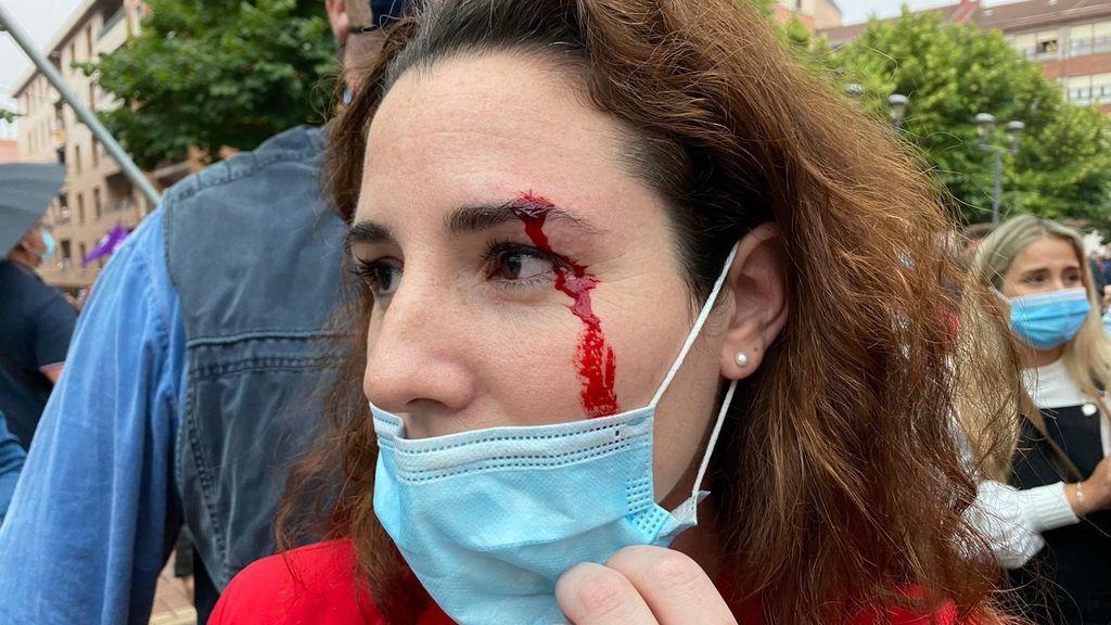 Una diputada de Vox recibe una pedrada en Sestao