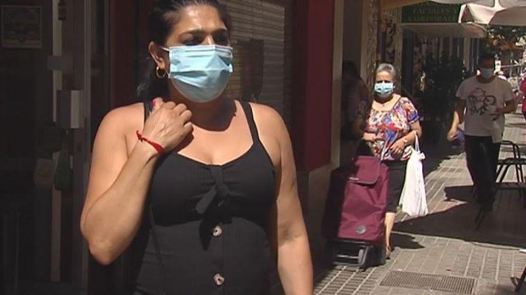 Cristina, salvada por sus vecinos de ser acuchillada en plena calle en Valencia