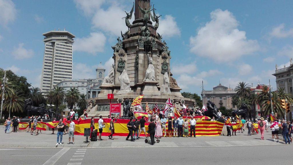 """Vox convoca una cadena humana para """"proteger"""" la estatua de Colón de Barcelona y los antisistema responden con una contraprotesta NO PUBLICAR"""