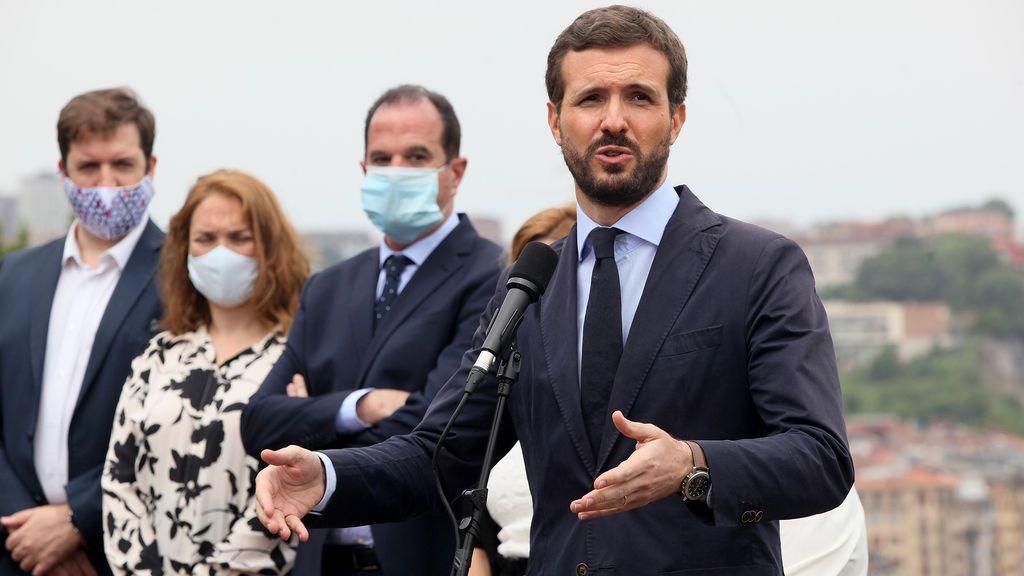 """Casado acusa al PSOE de """"atacar las instituciones"""" y pide aclarar el trato """"a favor"""" de Iglesias por la Fiscalía"""