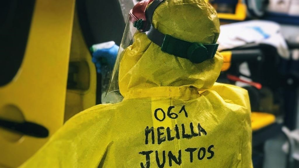 """Trabajadores del 061 de Melilla: """"Con los EPI no sabemos si sobreviviremos al COVID, al calor seguro que no"""""""