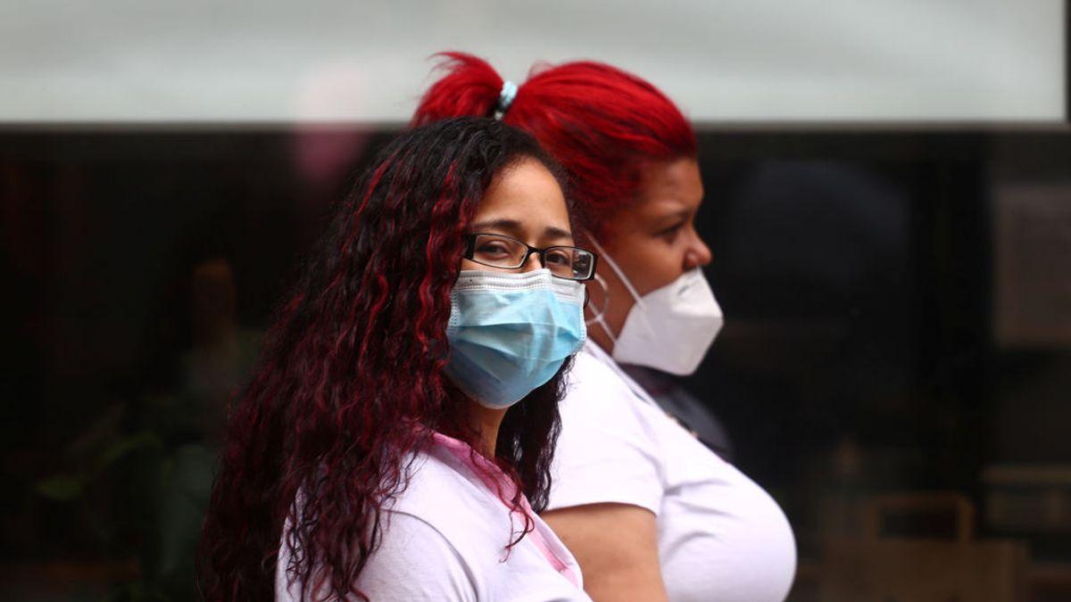 Galicia obliga a llevar mascarillas sin válvula excepto a los profesionales a los que les sea recomendada