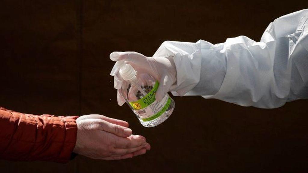 Tres personas han muerto y una ha quedado ciega tras consumir el alcohol de un gel hidroalcohólico para manos