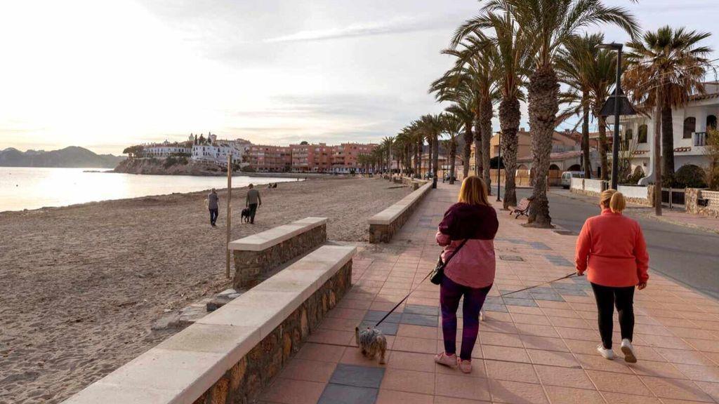 Siete nuevos casos del mayor brote de Murcia obligan al cierre de una empresa