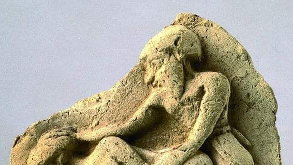 El bajorrelieve de terracota resurge miles de años después: recopilación de los mejores memes de la escultura