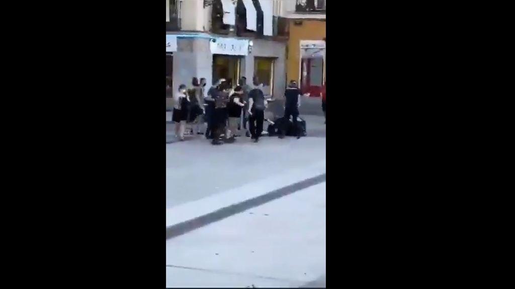Dos policías heridos durante una intervención en la madrileña plaza de Lavapiés