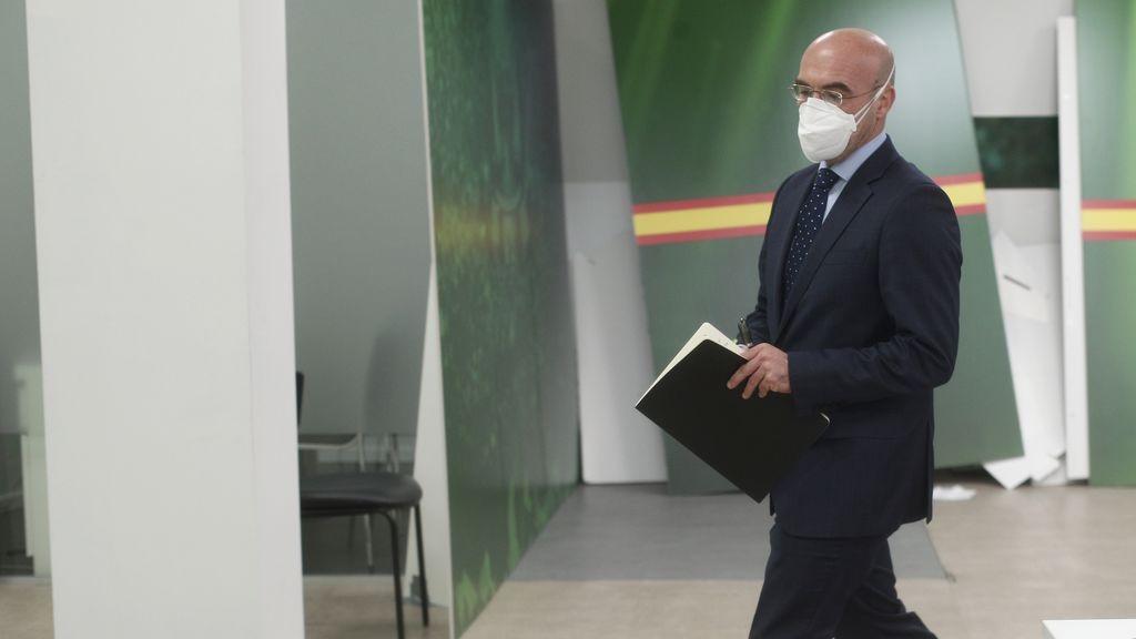 """Vox carga contra Echenique: """"Se protege detrás de su enfermedad"""""""