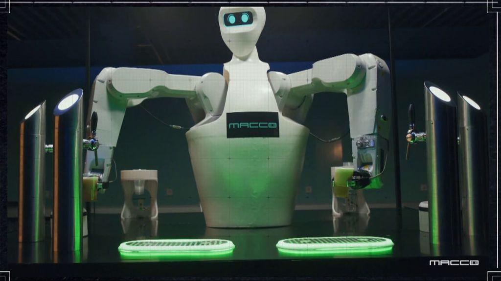 El robot que tira cañas en Sevilla