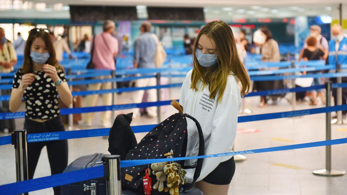 Los españoles viajaron un 30,2 % menos hasta marzo por la crisis sanitaria y gastaron un 22,6 % menos