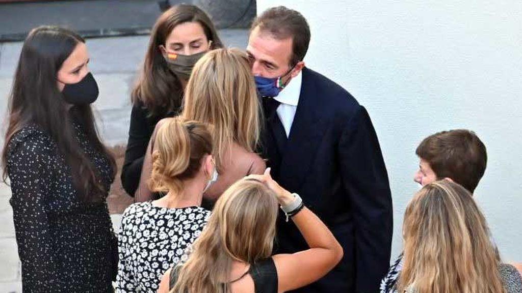 Alessandro Lequio y Ana Obregón, en el funeral de su hijo Álex