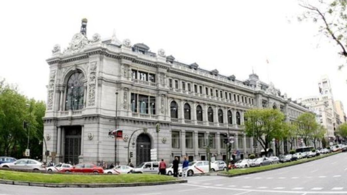 El Banco de España lo ve negro: pide que los empleados sumidos en un ERTE puedan tener otro trabajob