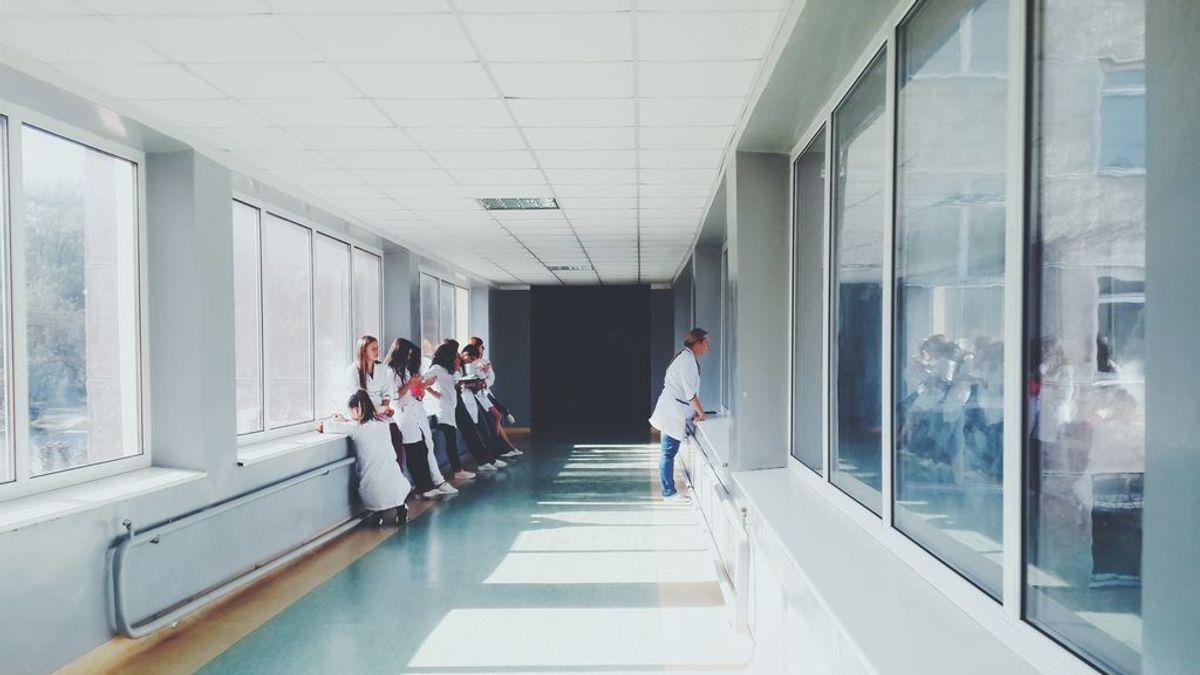 Identificar una apendicitis a tiempo es fundamental: estos son los síntomas más habituales