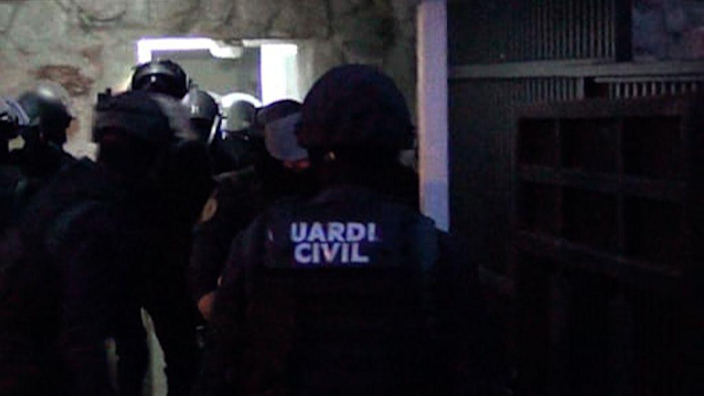Agentes de la Guardia Civil durante una de las detenciones