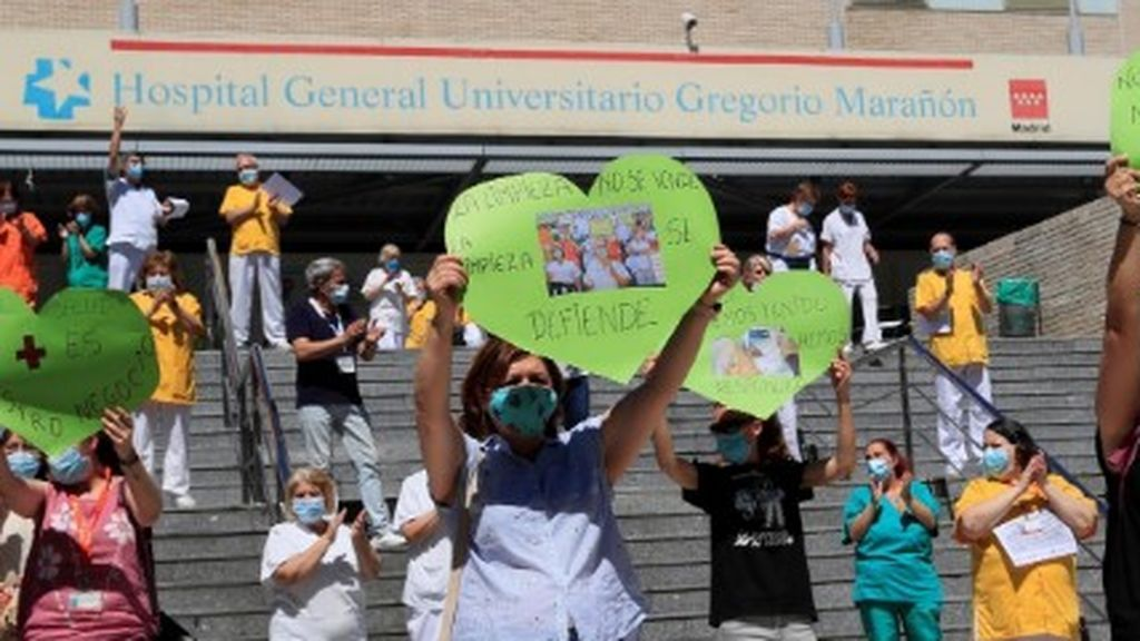 Huelga de 48 horas de las limpiadoras del hospital Gregorio Marañón contra la privatización del servicio