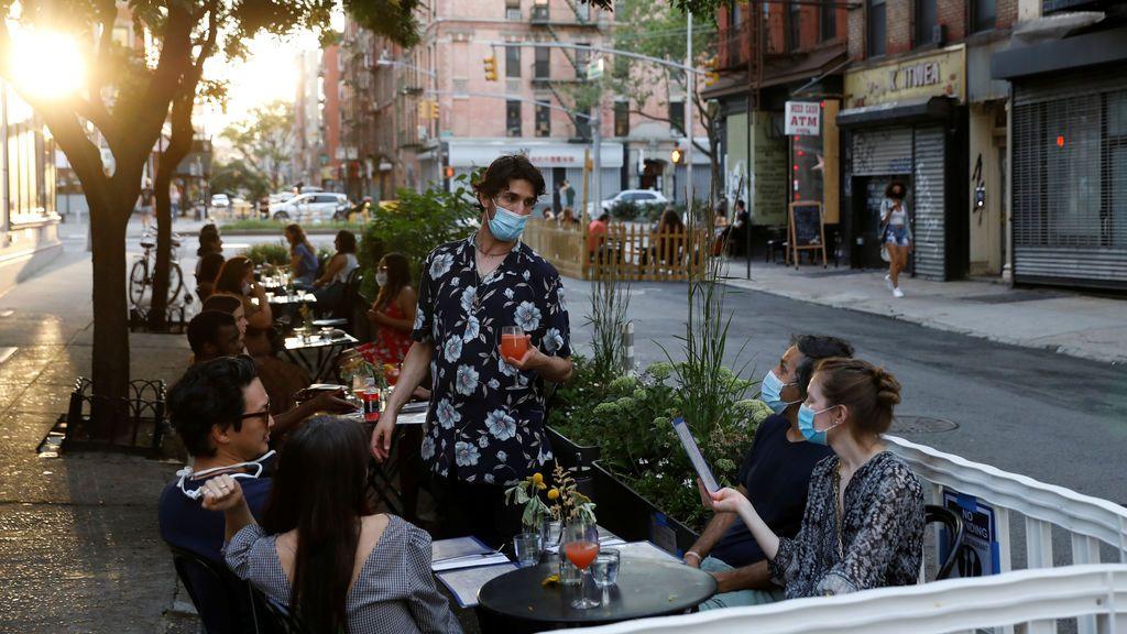 Nueva York impone cuarentena a viajeros de 16 estados de EE.UU. por el coronavirus