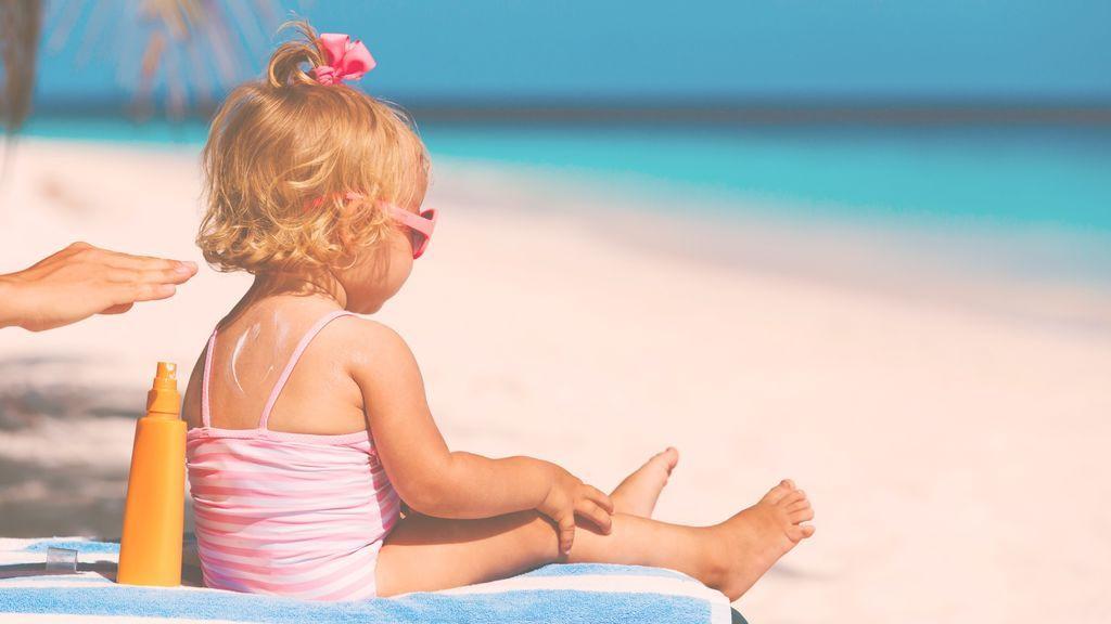 Protección solar para bebés, consejos y recomendaciones para cuidar su piel.