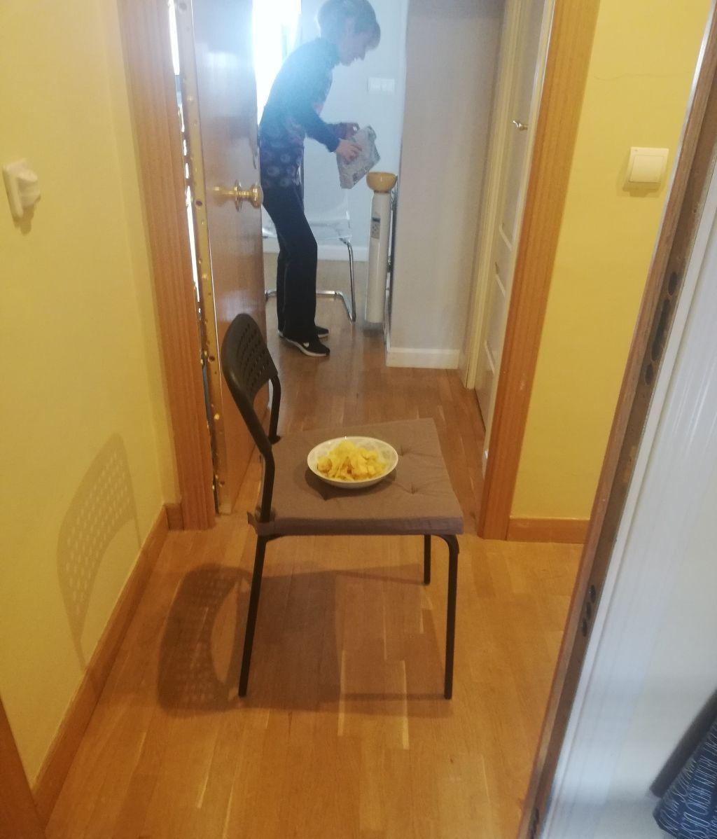 La nueva forma de tomar el vermut, puerta con puerta con mi vecina