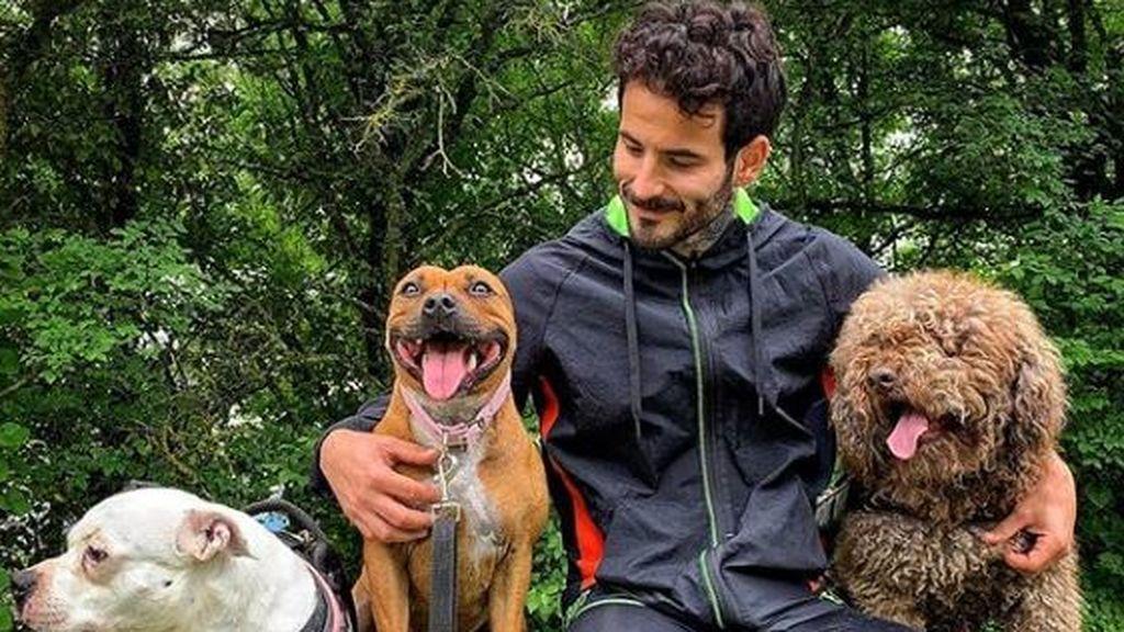 Rubén con sus perros