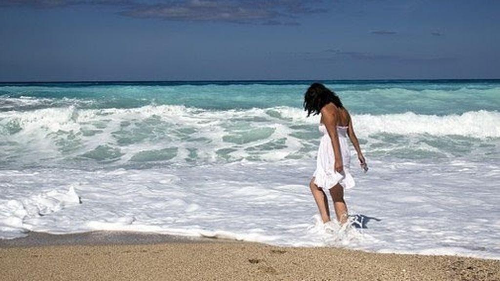 Caminar por la playa no es tan bueno como creías: estos son sus efectos secundarios